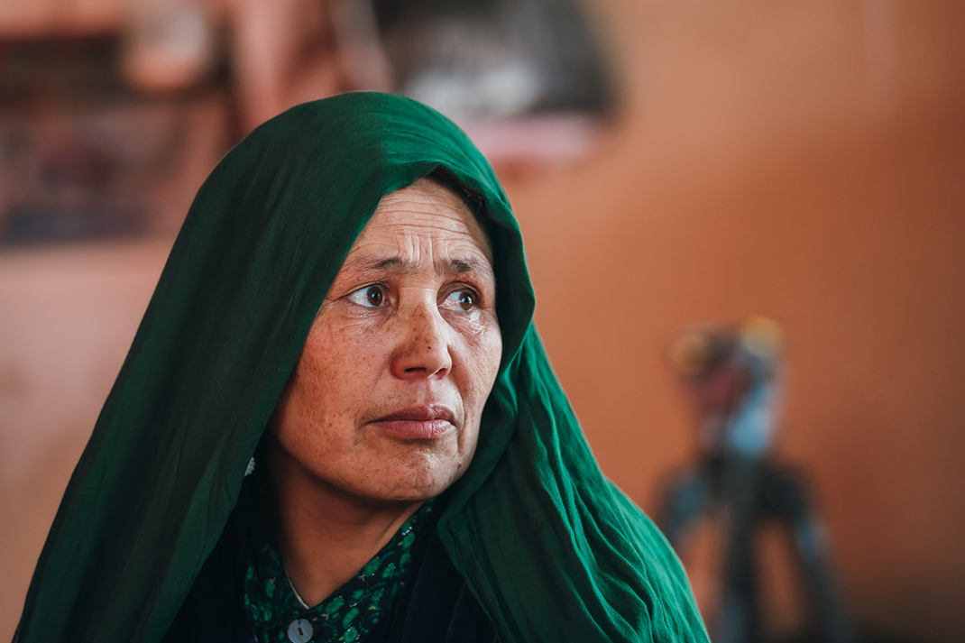 Maheen, a mother from Afghanistan
