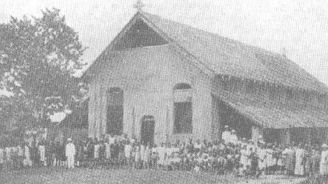 Yakusu-school-chapel